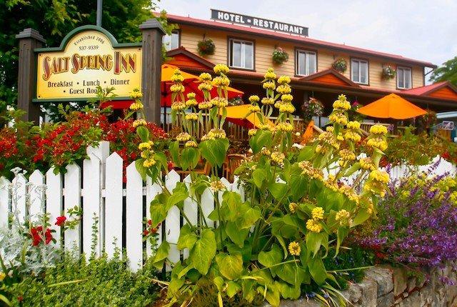 5 Salt Spring Inn Photo Salt Spring Inn.jpg