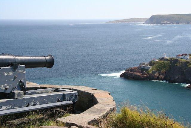 NL Gun defends St. John's Harbour JStoness 7137.JPG