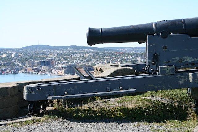 NL Guns on Signal Hill JStoness 7136.JPG