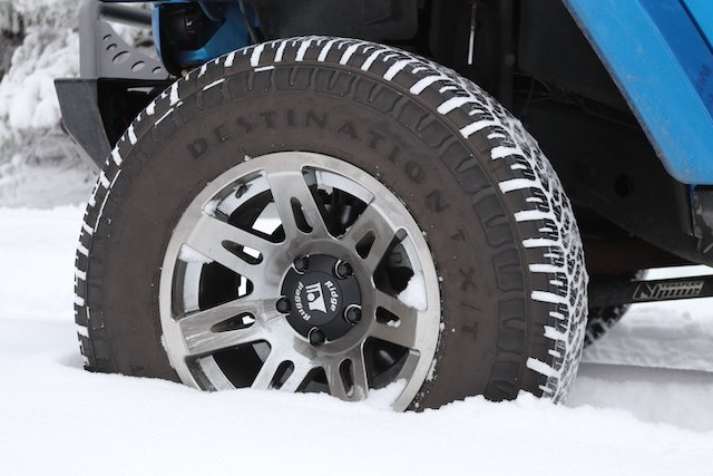 1 Jeepers Mantra XHD rims  photo Perry Mack.JPG
