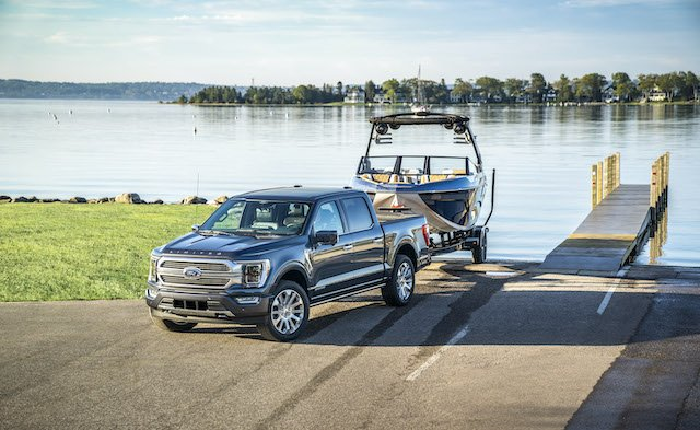 4WD and plenty of torque to pull out of tough boat ramps.JPG