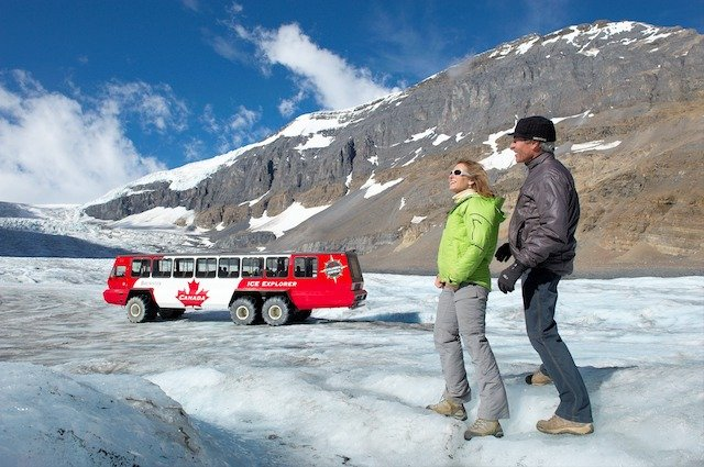 Columbia Icefield Glacier Adventure, guests
