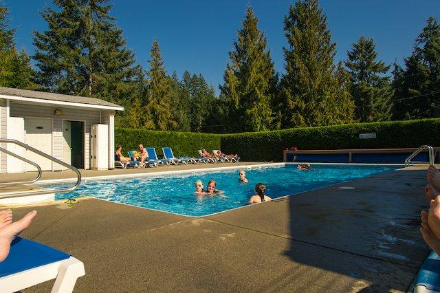 Rondalyn_pool.jpg