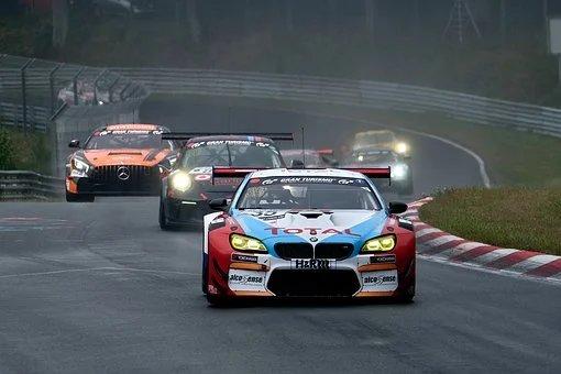 car-racing-4394450__340.png