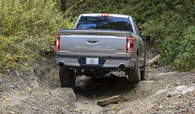 2 2021 Ford F-150 Tremor Photo Ford.jpg