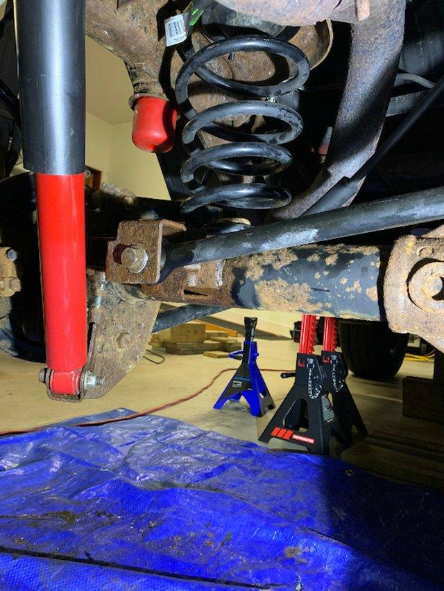 11 BUMP STOP SIDE BAR 2011 Project Jeep JK Photo Peter Boyer-.jpg