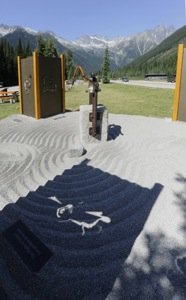 Rogers Pass Memory Bell_photo Parks Canada  Rob Buchanan.jpg