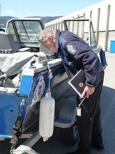 Boat inspection training_2013_LScott 007.JPG