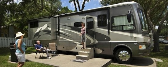 Waters Edge motorhome sm r1-cad0a975.jpg