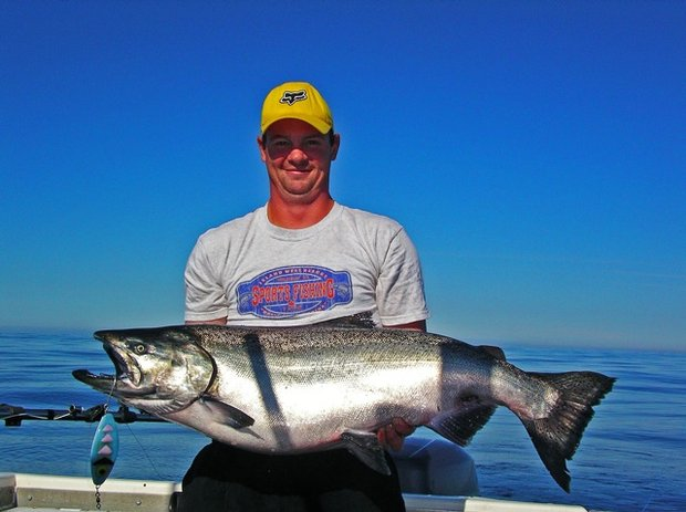 Salmon fishing trolling tips from the pros go out and play for How to troll for fish