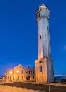 Alcatraz Lighthouse photo Hubert Yu.jpg