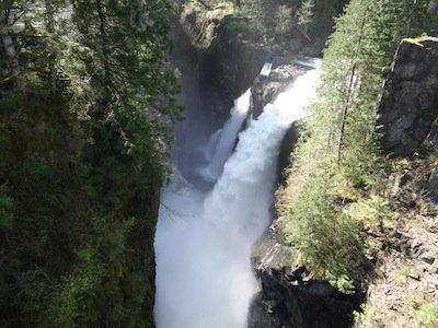 Elk Falls Suspension Bridge Suncruiser